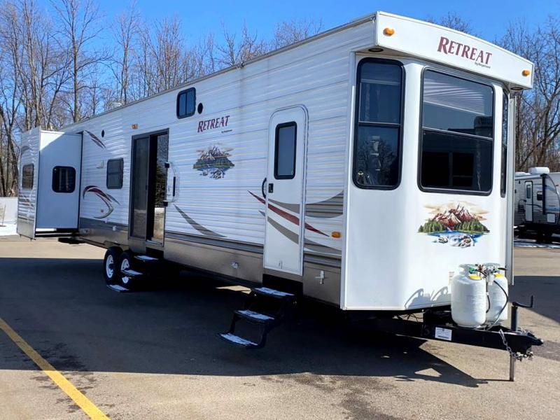 2012 Keystone RV RETREAT 39KBTS