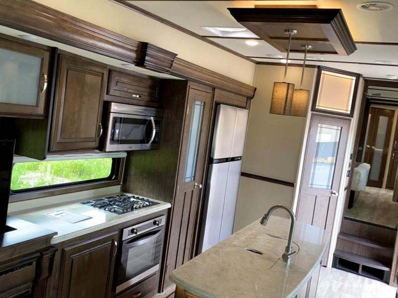 2018 Grand Design RV SOLITUDE 373FB