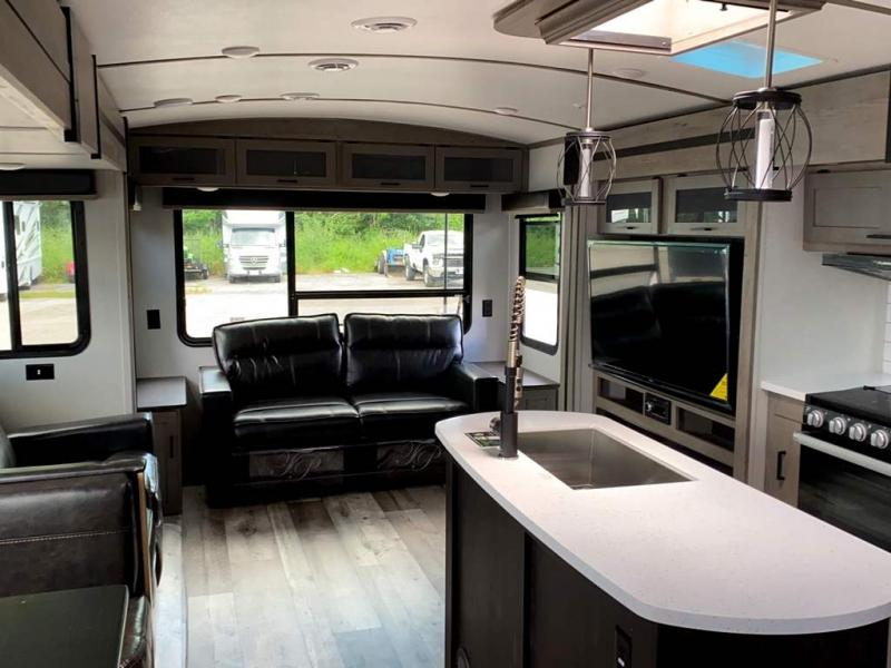 2021 Keystone RV OUTBACK 328RL