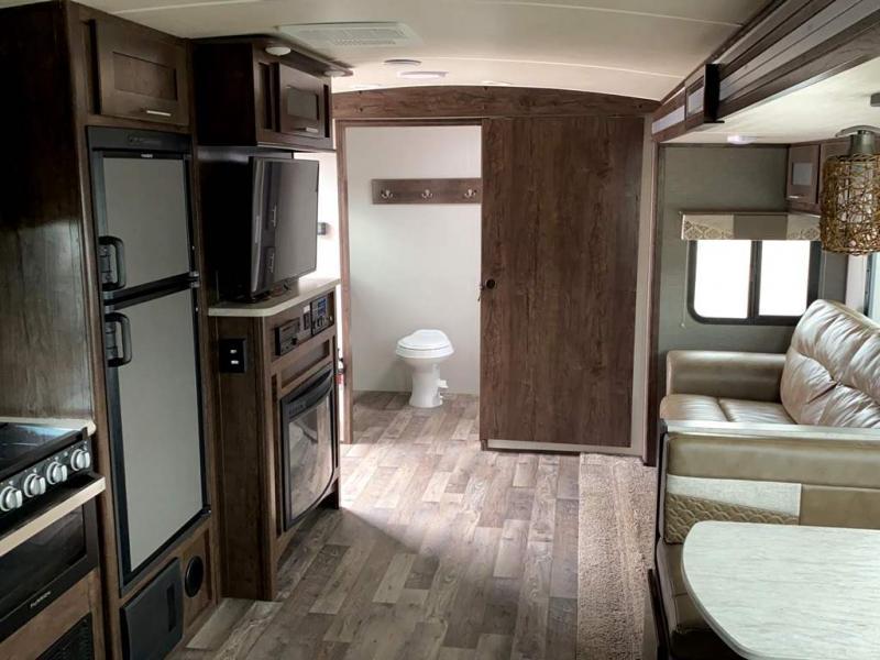 2018 Cruiser RV EMBRACE EL250