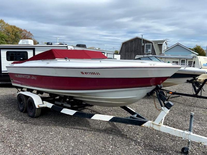 1988 Four Winns LIBERATOR 211