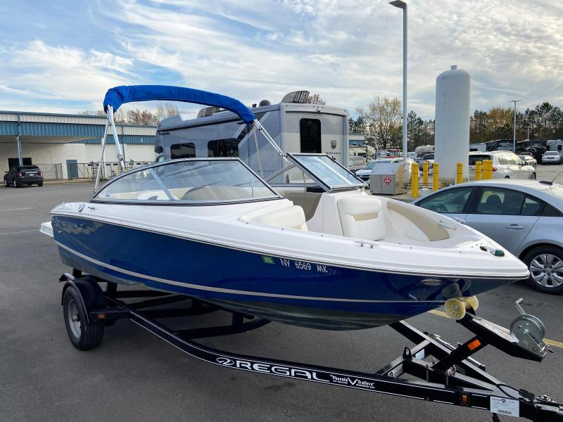 2015 REGAL MARINE 1900 ES