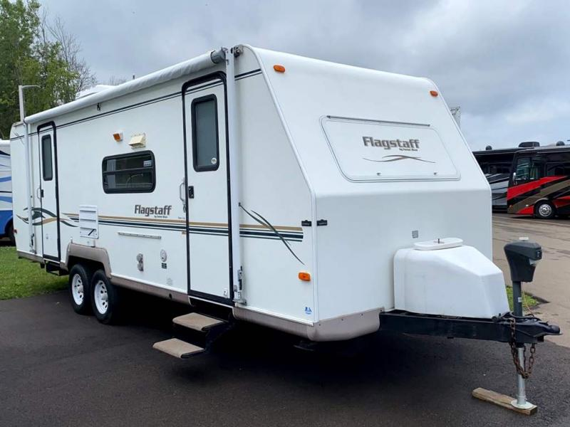 2002 Forest River, Inc. FLAGSTAFF 26DS
