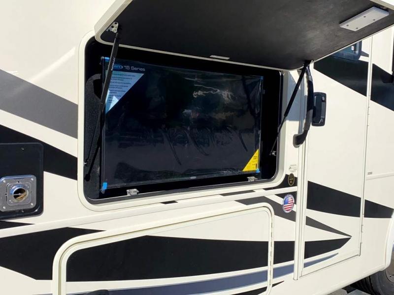 2020 Coachmen MIRADA 32SS