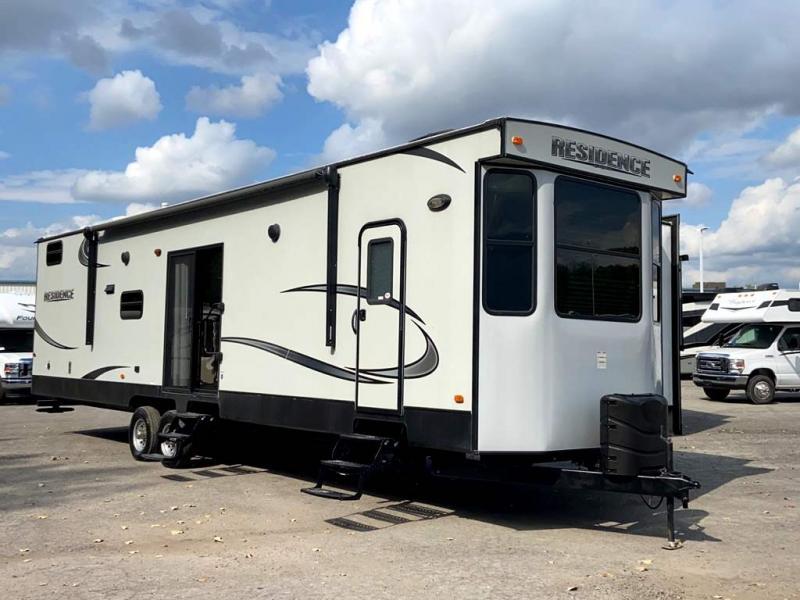 2016 Keystone RV RESIDENCE 4021BH