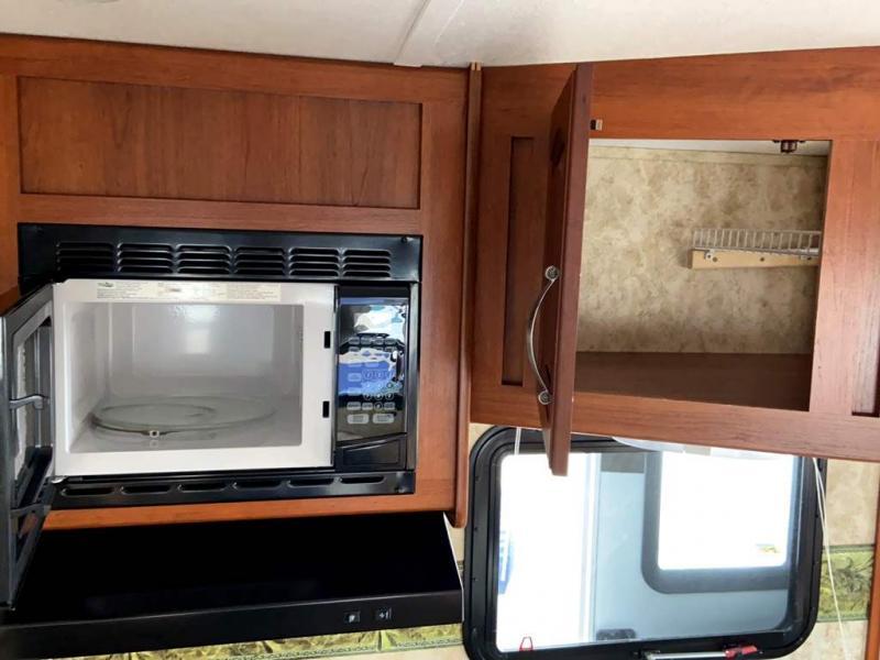 2012 Keystone RV COUGAR 24RLS