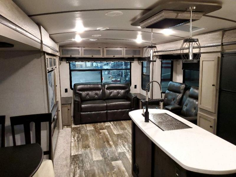 2020 Keystone RV OUTBACK 330RL