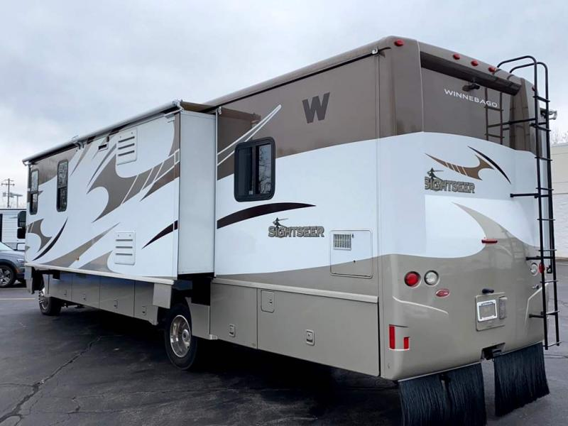 2011 Winnebago SIGHTSEER 33C