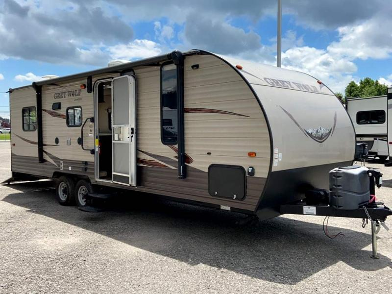 2016 Forest River, Inc. CHEROKEE GREY WOLF 22RR