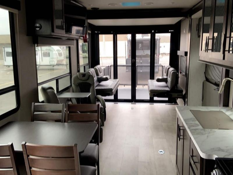 2021 Grand Design RV MOMENTUM G-CLASS 30G