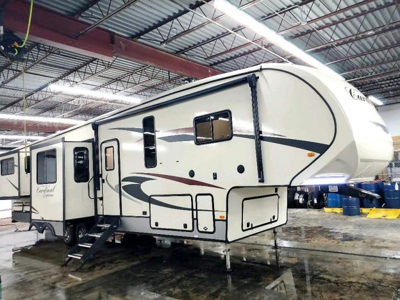 2018 Forest River, Inc. CARDINAL EXPLORER 392RD