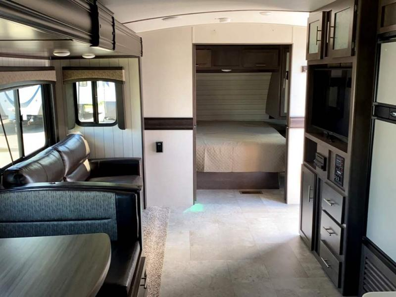 2018 CrossRoads RV SUNSET TRAIL 336BH