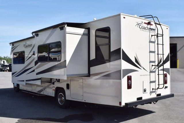 2020 Coachmen FREELANDER 32DS