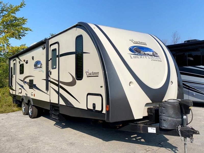 2014 Coachmen FREEDOM EXPRESS 297RLDS