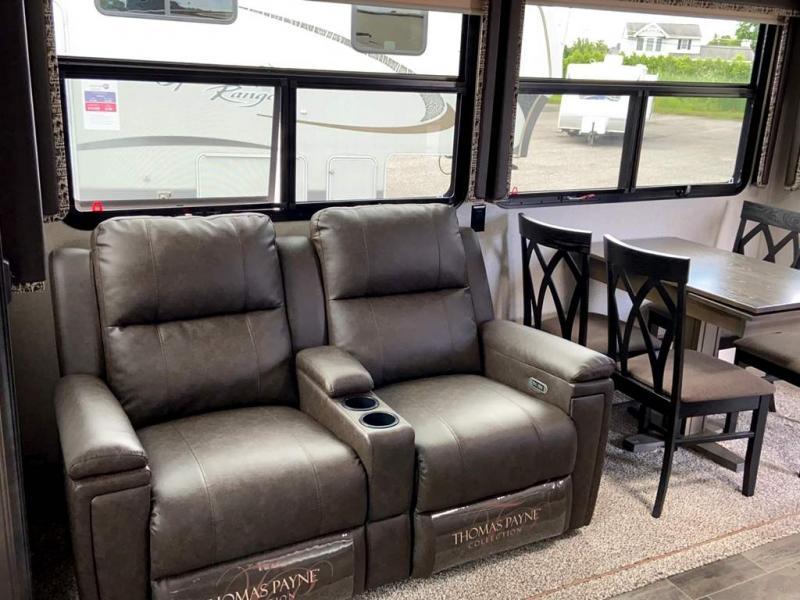 2018 Keystone RV MONTANA 305RL
