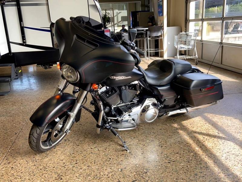 2016 Harley Davidson STREET GLIDE FLHXS