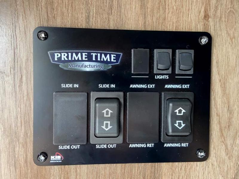 2021 Prime Time AVENGER 32BHS