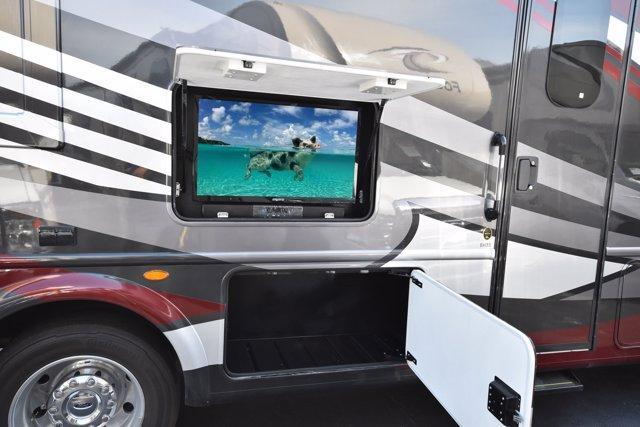 2020 Thor Motor Coach MAGNITUDE BH35