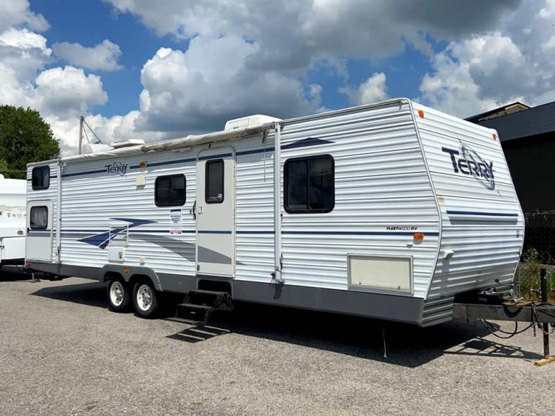 2004 Fleetwood RV TERRY 30BHS