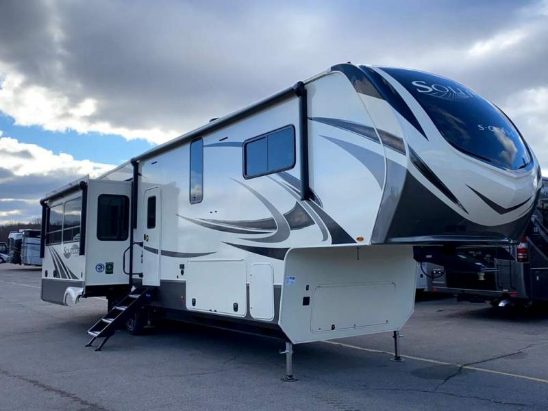 2021 Grand Design RV SOLITUDE S-CLASS 3540GK