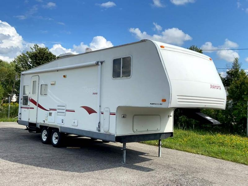 2002 Fleetwood RV TERRY 28 5J