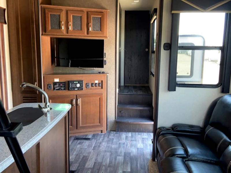 2017 Keystone RV IMPACT 361