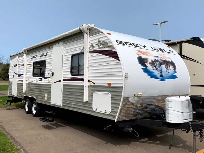 2013 Forest River CHEROKEE GREY WOLF 27BHKS