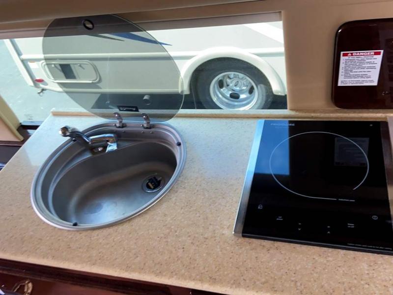 2015 Midwest Automotive Designs WEEKENDER 3500 SPRINTER
