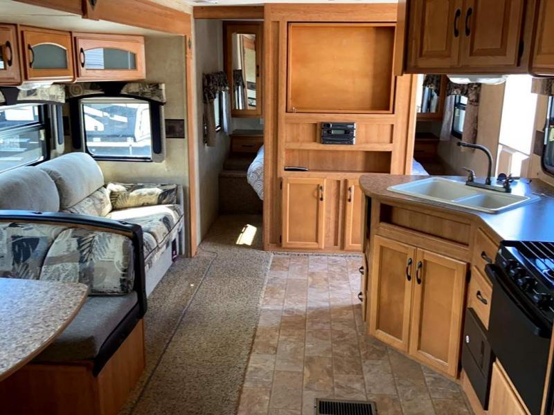 2009 Keystone RV SPRINTER 250RBS