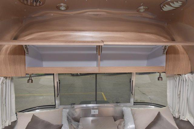 2020 Airstream FLYING CLOUD 27FB TWIN