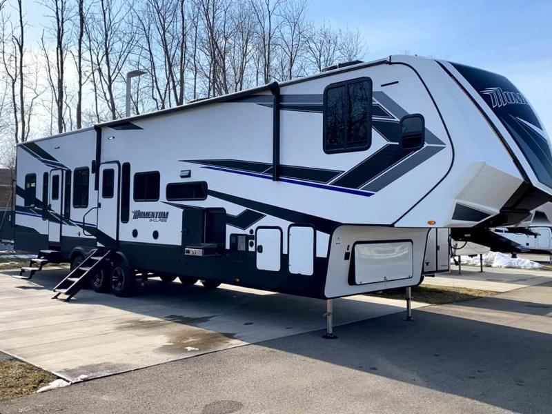 2021 Grand Design RV MOMENTUM G-CLASS 393G