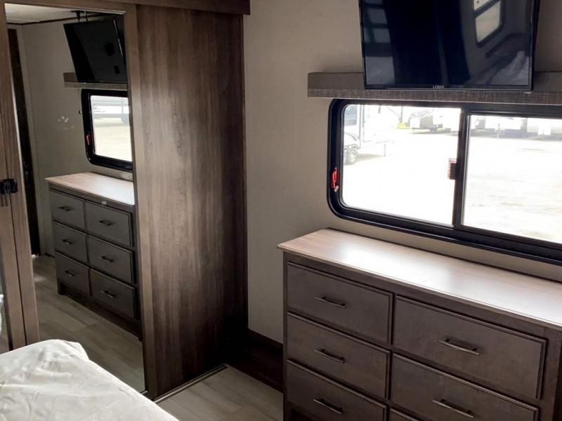 2021 Grand Design RV SOLITUDE S-CLASS 3950BH