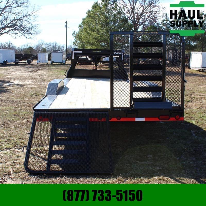 Load Trail 102X26 14K GOOSENECK CAR HAULER