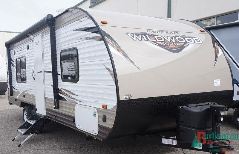 2019 Forest River Wildwood X-lite 241QBXL - BRV - 12916  - Burlington RV Superstore