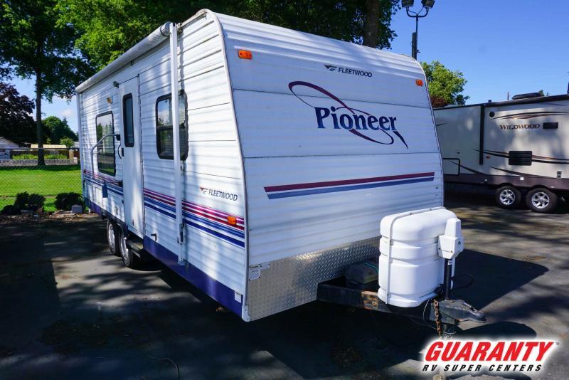 2005 Fleetwood Pioneer 19 - Pre-Auction Specials - WT40777A