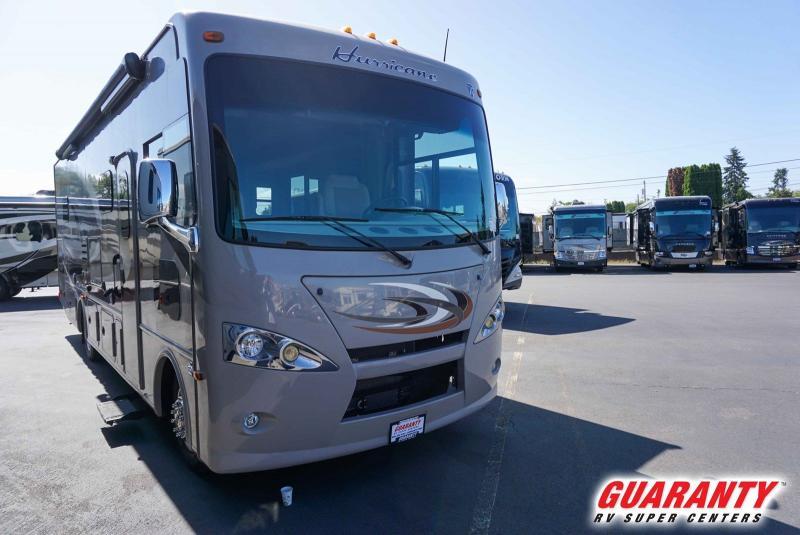 2016 Thor Motor Coach Hurricane 31S - Guaranty RV Motorized - PM40904