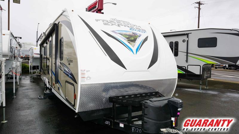 2019 Coachmen Freedom Express Blast 283BL - RV Show - T40033