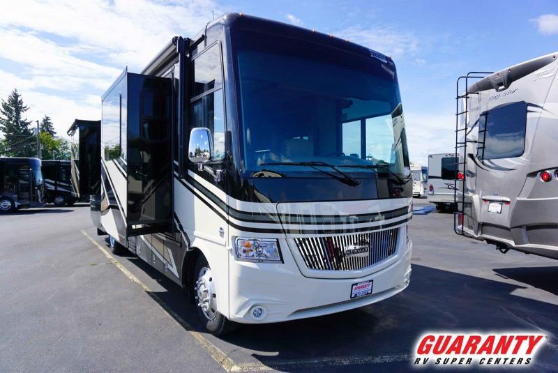 2020 Newmar Canyon Star 3513 - Guaranty RV Motorized - M40541