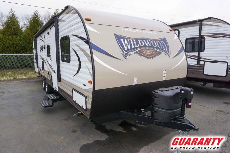 2018 Forest River Wildwood X-Lite West 273QBXL - Guaranty RV Trailer and Van Center - PT3800C