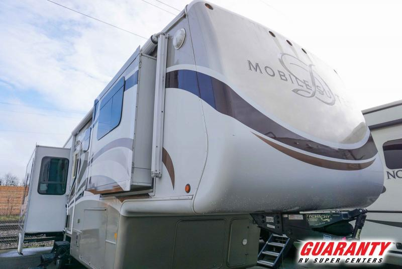 2010 Drv Mobile Suites 36TKSB3 - Guaranty RV Fifth Wheels - 1M40556B