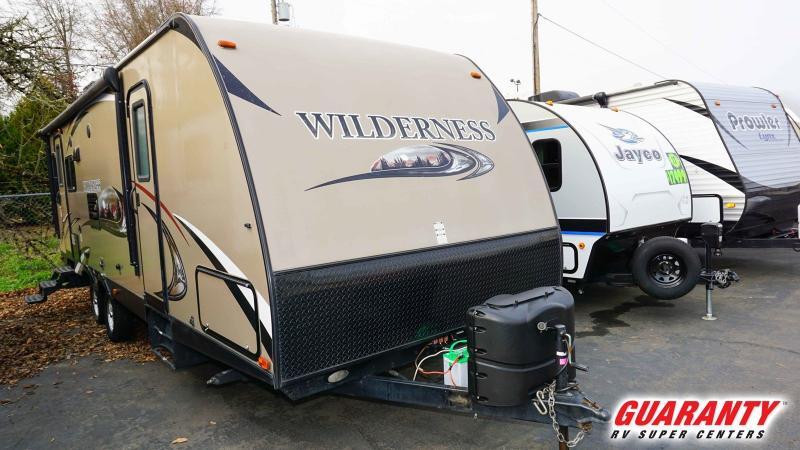 2015 Heartland Wilderness 2750RL - Guaranty RV Trailer and Van Center - T38427A