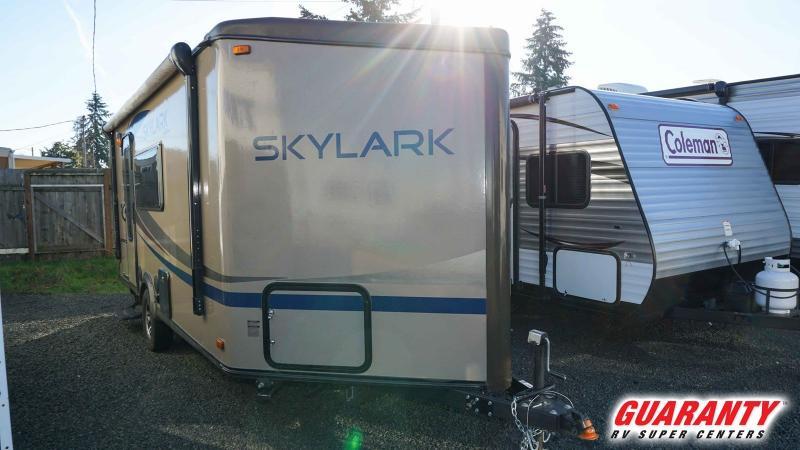 2012 Jayco Skylark 21FBV - Guaranty RV Trailer and Van Center - M37981A