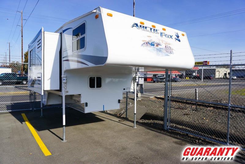 2011 Northwood Arctic Fox Camper 811 - Guaranty RV Fifth Wheels - T40743A