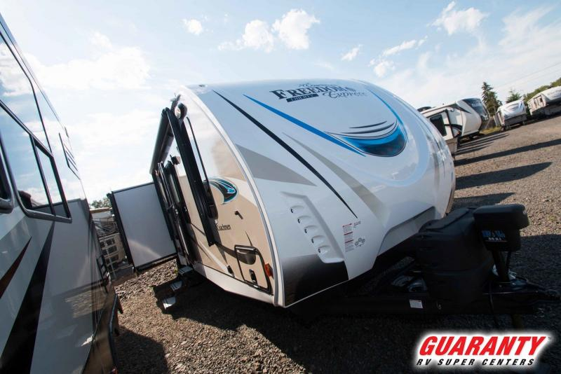 2019 Coachmen Freedom Express Liberty Edition 293RLDSLE - T39270