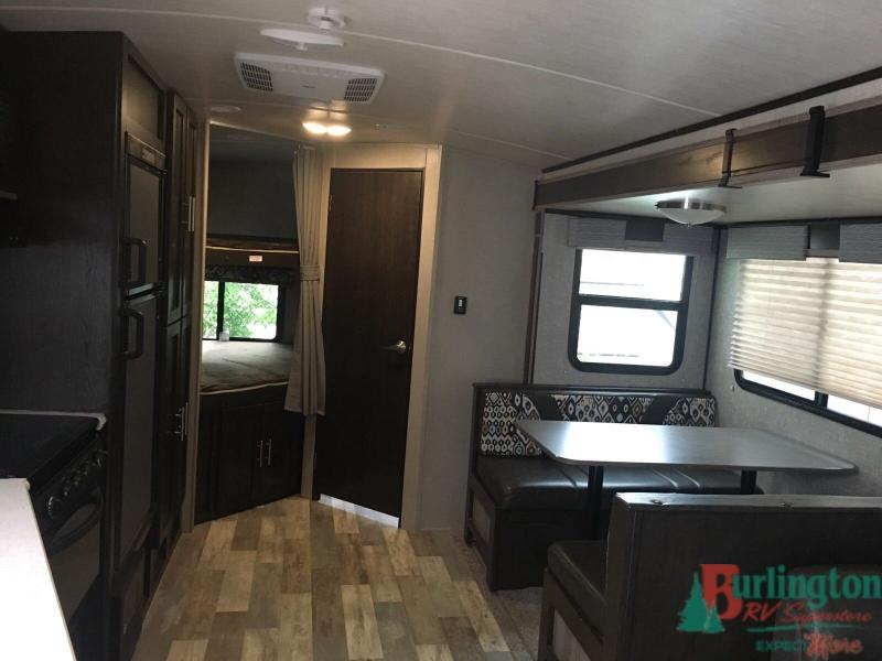 2017 Cruiser Funfinder 27DB - BRV - 13498A  - Burlington RV Superstore