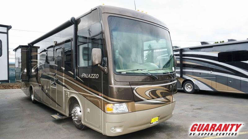 2014 Thor Motor Coach Palazzo 33.2 - Guaranty RV Motorized - SM40459