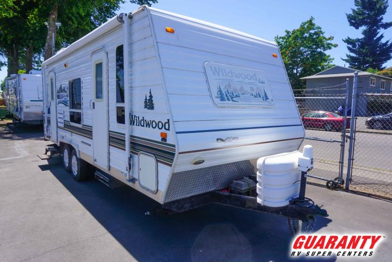 2005 Forest River Wildwood 23RBS - Pre-Auction Specials - WT41681B