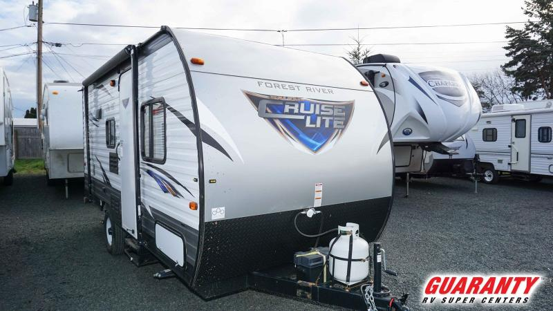 2017 Forest River Salem CRUISE LT 175BH - RV Show - T39747A