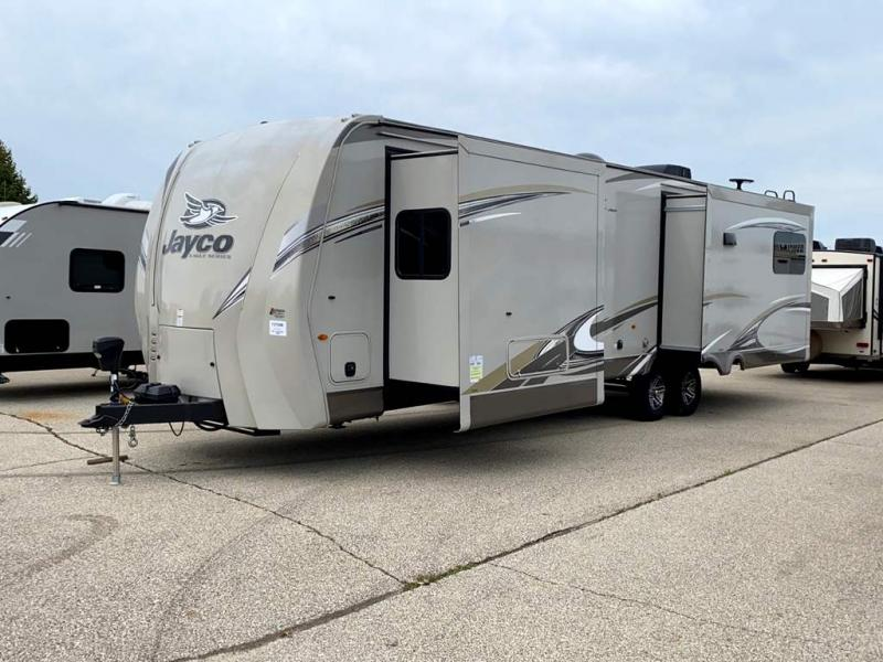 2018 Jayco Eagle 322RLOK - Sturtevant, WI - 13750B  - Burlington RV Superstore