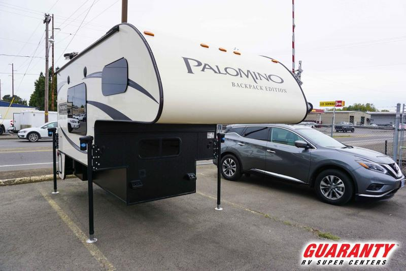 2016 Palomino Backpack Edition HS-6601 - Guaranty RV Fifth Wheels - T40921A